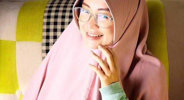 Rika Ekawati: Halal Nomer 1