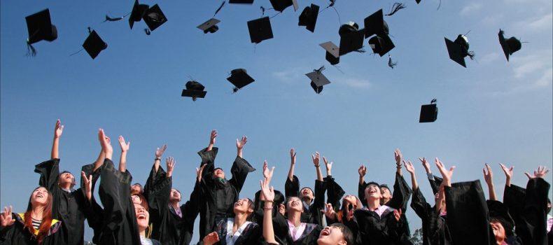Beberapa Tips agar lo Lulus Kuliah Tepat Waktu