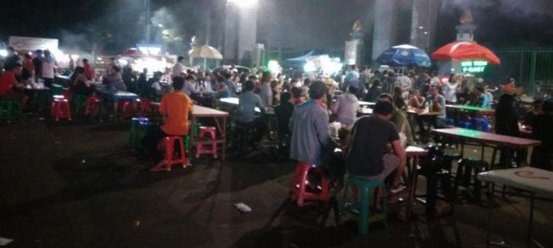 Nongkrong Kekinian? Ini Warung Kaki 5 Hits di Jakarta