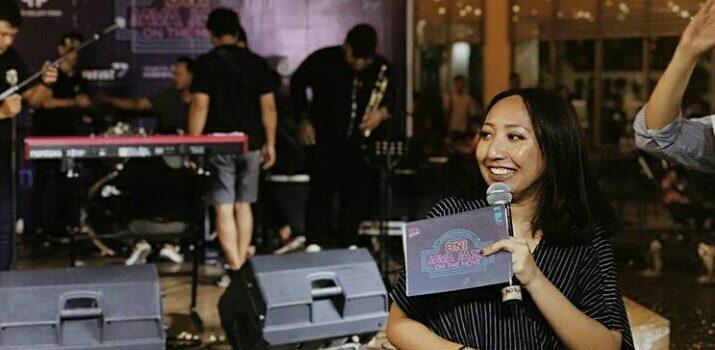 Yuk, Tau Lebih Dalam Pengalaman Announcer Trax FM!